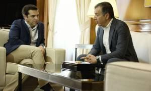 Βουλή: Θεοδωράκης καλεί Τσίπρα να απαντήσει για το φαινόμενο της φθηνής και ευέλικτης εργασίας
