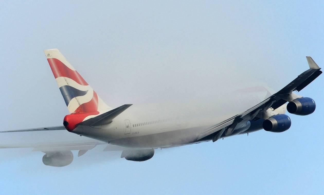 Θρίλερ στον αέρα: Αναγκαστική προσγείωση αεροσκάφους της British Airways-Στο νοσοκομείο 25 επιβάτες