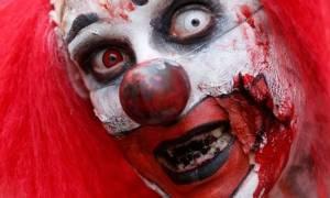 Ένας 14χρονος μαχαίρωσε killer clown που αποπειράθηκε να τον τρομάξει!