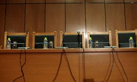 Σκληρή απάντηση των δικαστικών στην κυβέρνηση - «Αδικαιολόγητες κατηγορίες κατά της Δικαιοσύνης»