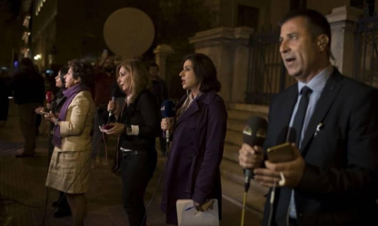 Διεθνή ΜΜΕ: Βαρύ πλήγμα στην κυβέρνηση η απόφαση του ΣτΕ για τις τηλεοπτικές άδειες