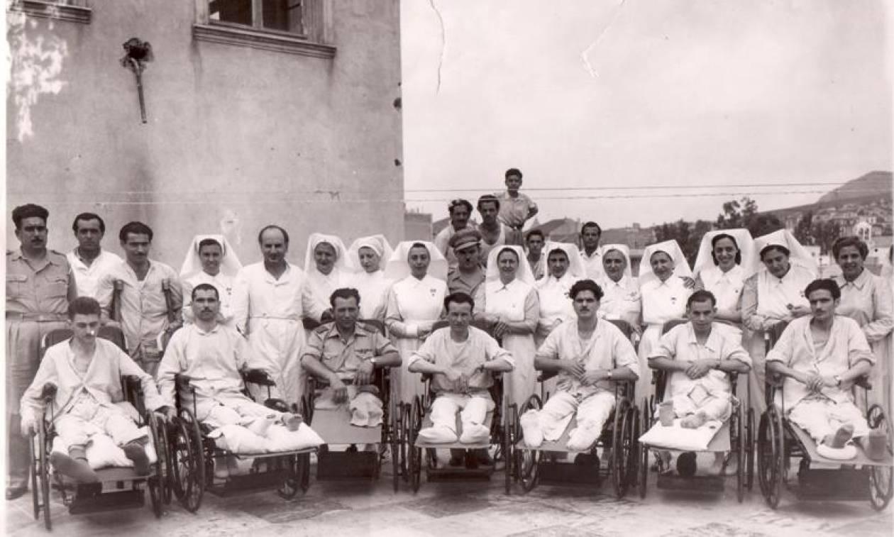 28η Οκτωβρίου: Ο Ερυθρός Σταυρός τιμά τους ήρωες και τις ηρωίδες του έπους του ΄40
