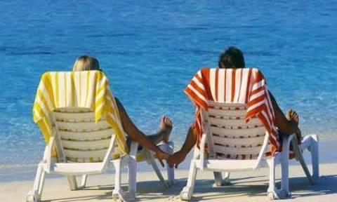 ΟΑΕΔ -Κοινωνικός Τουρισμός: Δωρεάν διακοπές για 150.000 πολίτες