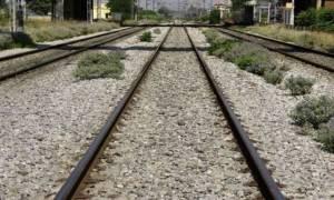 Τραγωδία στην Ημαθία: Τρένο παρέσυρε και σκότωσε νεαρή γυναίκα (pics)