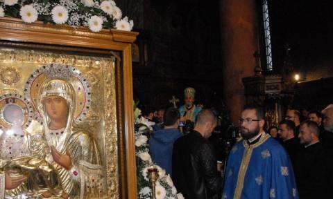 Η Παναγία με τα τρία χέρια από το Άγιο Όρος στην Μπάνια Λούκα