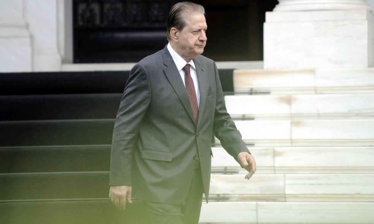 ΕΣΡ - Βύρων Πολύδωρας: Δεν τον θέλουν ούτε στο ΣΥΡΙΖΑ, ούτε στη ΝΔ!