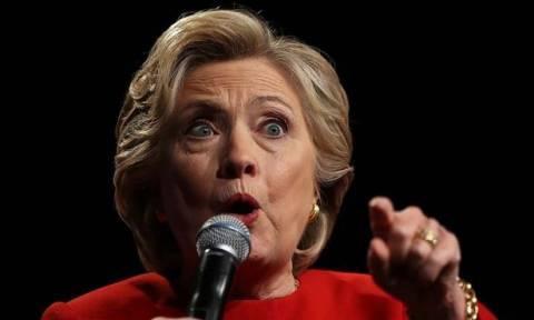 Σάλος στις ΗΠΑ: Το FBI «ξεσκονίζει» και πάλι τα e-mail της Χίλαρι Κλίντον