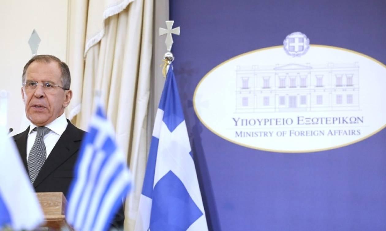 Τι αναφέρει το ρωσικό ΥΠΕΞ για την επίσκεψη του Λαβρόφ στην Ελλάδα