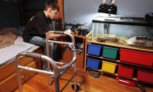 Συναγερμός: Μυστηριώδης ασθένεια αφήνει εκατοντάδες παιδιά παράλυτα