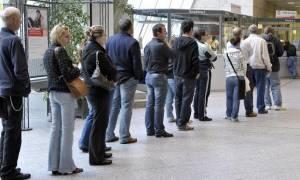 Τα προγράμματα που «τρέχουν» για ένταξη ανέργων στην αγορά εργασίας