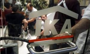Σφαγή στις συντάξεις του ΙΚΑ: 150 ευρώ η «χηρείας»
