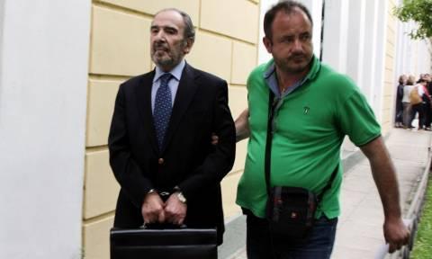 Σε απολογία ο Μαρτίνης για τα «δωράκια» σε πρωθυπουργούς, υπουργούς και δημοσιογράφους