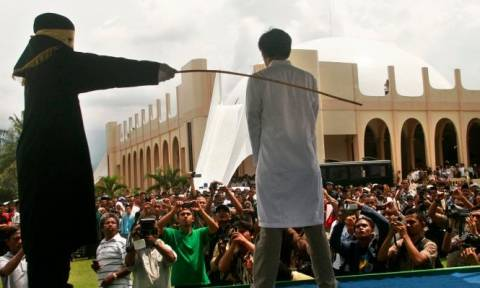 Σ. Αραβία: Πρίγκιπας μαστιγώθηκε κατόπιν εντολής δικαστηρίου