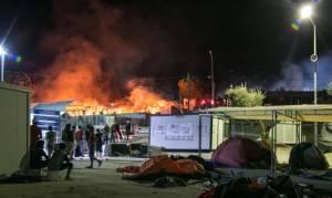 Spiegel: Χάος στους προσφυγικούς καταυλισμούς στην Ελλάδα