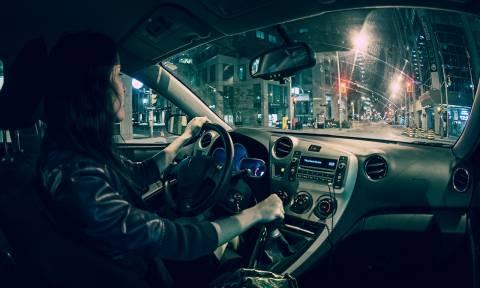 Τα πέντε πράγματα που δεν πρέπει να κάνετε ποτέ με τον λεβιέ ταχυτήτων (Vid)