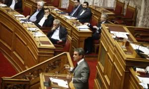 Τηλεοπτικές άδειες - Βουλή: Την παραίτηση Παππά ζήτησε ο Λοβέρδος
