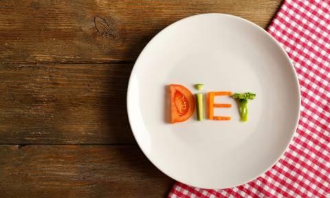 Η δίαιτα που έγινε viral: Χάστε 4 κιλά με παγωτό και σουβλάκι!