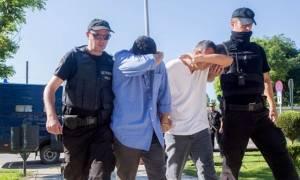 Προσωρινά κρατούμενοι οι Tούρκοι στρατιωτικοί μετά την έναρξη της διαδικασίας για την έκδοσή τους
