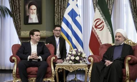 Ελληνικό ΥΠΕΞ: Γι' αυτό μπλοκάραμε νέες κυρώσεις εναντίον τις ιρανικής τράπεζας Saderat