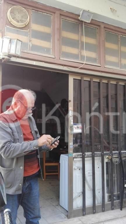 Κρητικός δίνει 5.000 ευρώ σε όποιον ανοίξει το λουκέτο του! (pics)