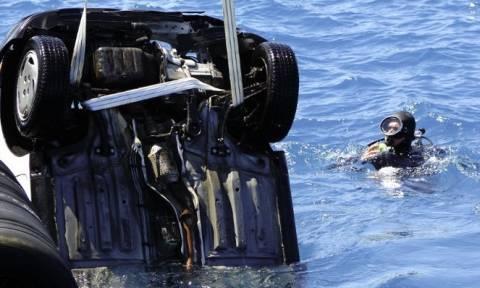 Τραγωδία στο Παλαιό Φάληρο: Νεκρός ο οδηγός του αυτοκινήτου που έπεσε στη θάλασσα