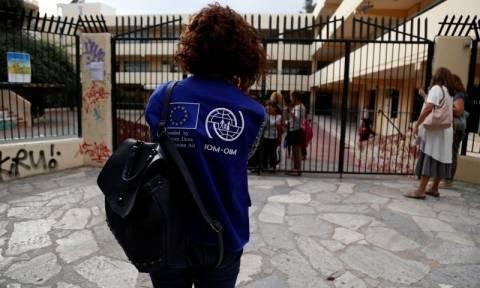 Λαμία: Κατάληψη σε σχολείο προκειμένου να μην πάνε εκεί προσφυγόπουλα (pics&vids)