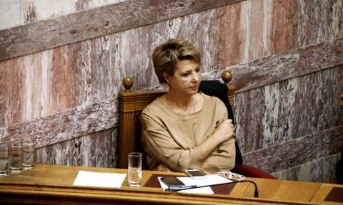 Ανασχηματισμός ονόματα: «Τέλος» η Γεροβασίλη - Αυτός είναι ο νέος κυβερνητικός εκπρόσωπος