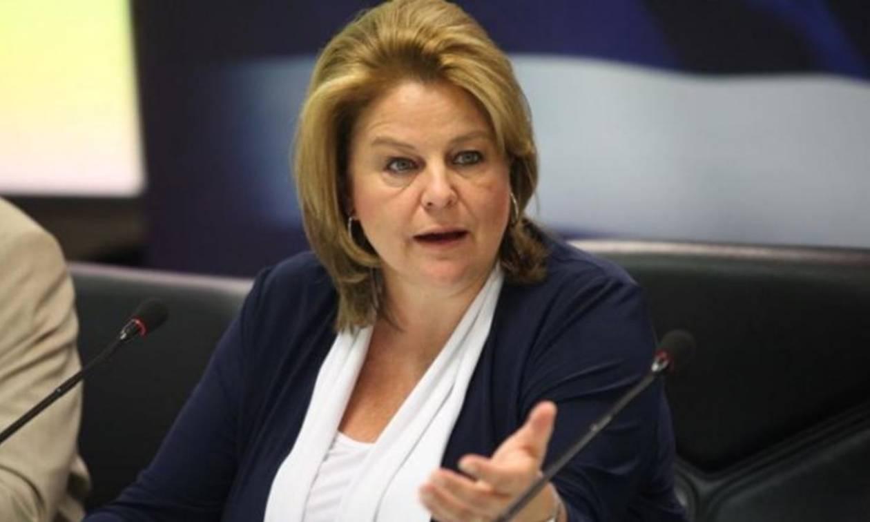 Παραίτηση της Λ.Κατσέλη από τη θέση της προέδρου της Εθνικής Τράπεζας
