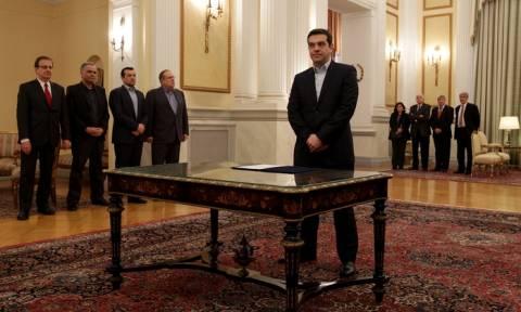 Ορκωμοσία κυβέρνησης LIVE: Ανοίγει ο δρόμος για πρόωρες εκλογές!