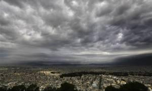 Ο καιρός της Κυριακής – Σε αυτές τις περιοχές θα βρέξει