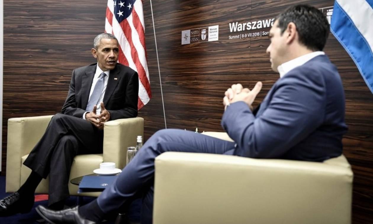Επίσκεψη Ομπάμα: Πώς και γιατί η νίκη Τραμπ «γκρέμισε» τα επικοινωνιακά τερτίπια του Τσίπρα