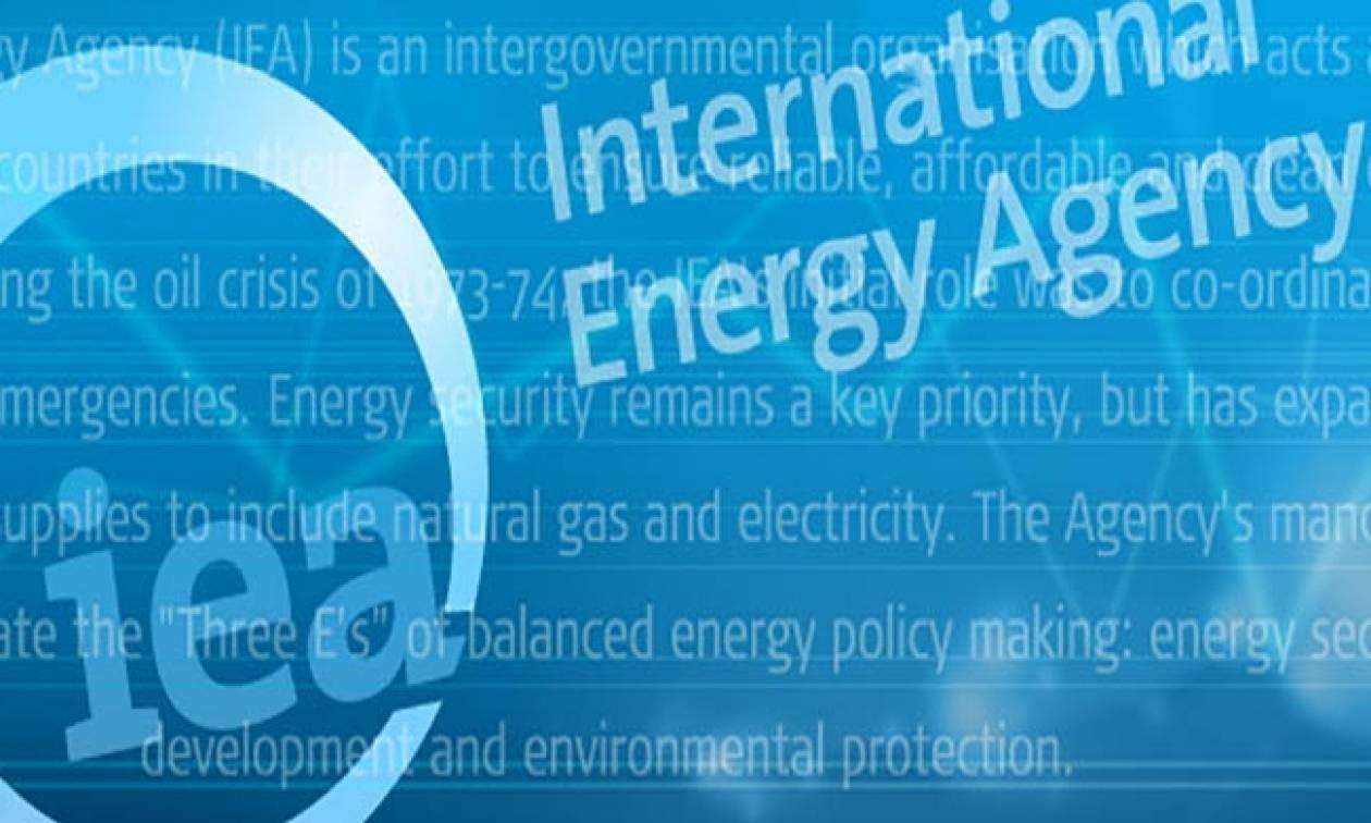 Πετρέλαιο: Ο ΙΕΑ «βλέπει» πλεόνασμα στην παγκόσμια αγορά αν δεν πάρει μέτρα ο ΟPEC