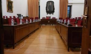 «Θρίλερ» στη Βουλή - Μετατέθηκε η Διάσκεψη των Προέδρων