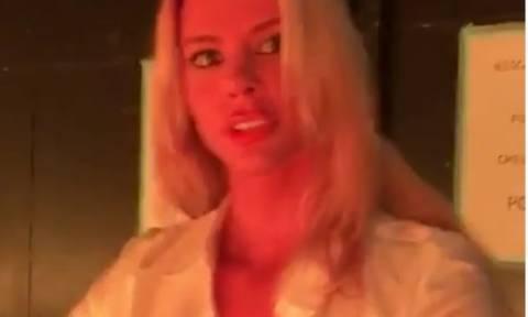 Σέξι βίντεο με καυτή πρόβα της Ρίας Αντωνίου (video)