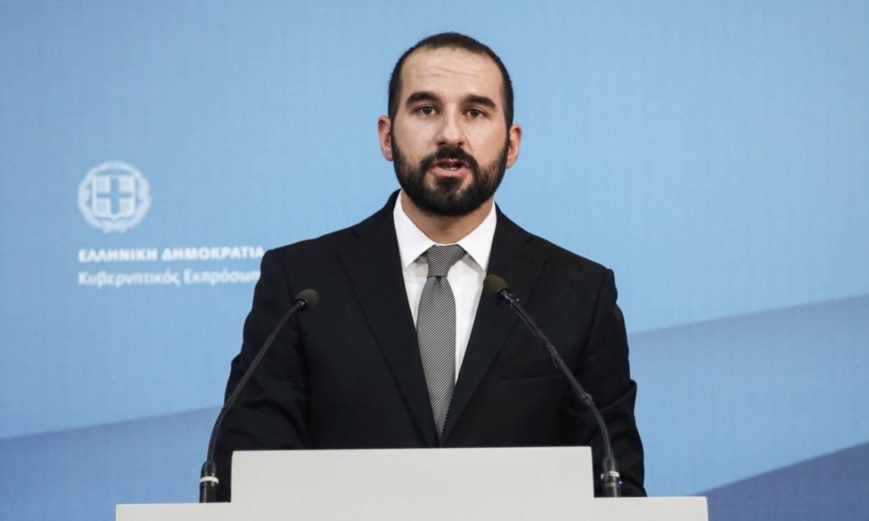 Κυβέρνηση: Το ΕΣΡ θα ολοκληρώσει το διαγωνισμό για τις τηλεοπτικές άδειες με βάση τον νόμο Παππά