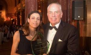 Σαρώνει τα βραβεία Ελληνίδα καθηγήτρια στην Αυστραλία