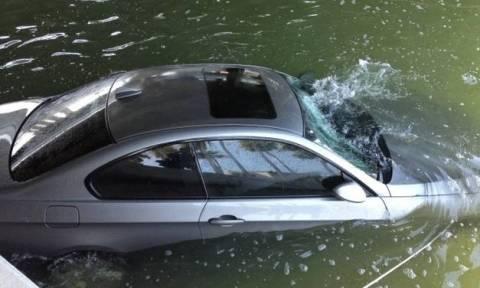 Πάτρα: Αυτοκίνητο έκανε «βουτιά» στη θάλασσα