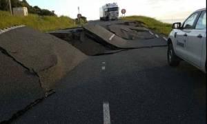Σεισμός Νέα Ζηλανδία: Δύο νεκρούς και τεράστιες καταστροφές άφησαν πίσω τους τα 7,8 Ρίχτερ