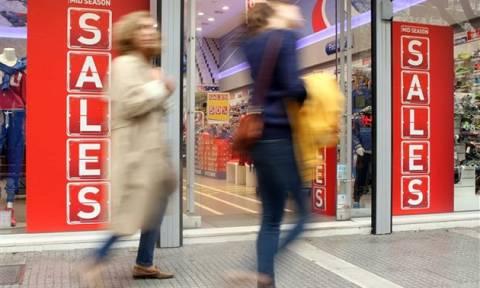 Χαμηλός τζίρος στις εκπτώσεις για το 65% των επιχειρήσεων