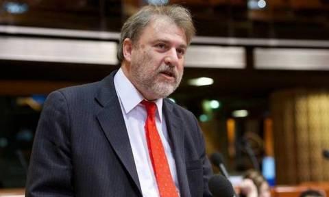 Γερμανικές αποζημιώσεις: Ο Μαριάς μαζεύει υπογραφές για την ένταξή τους στον προϋπολογισμό