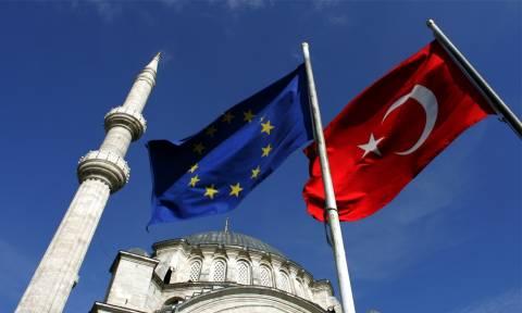 Οι ΥΠΕΞ της ΕΕ έκαναν πίσω για τη διακοπή των ενταξιακών διαπραγματεύσεων της Τουρκίας