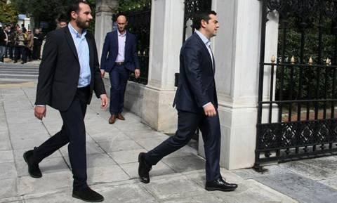 Επίσκεψη Ομπάμα - Τζανακόπουλος: Θα συμβάλει σε βιώσιμη λύση για το ελληνικό χρέος