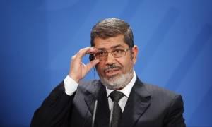 Αίγυπτος: Ακυρώθηκε η θανατική ποινή του Μοχάμεντ Μόρσι για τις βιαιότητες της Αραβικής Άνοιξης