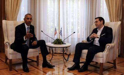 Επίσκεψη Ομπάμα: Ικανοποίηση στο Μαξίμου για τη δήλωση Ομπάμα για το χρέος