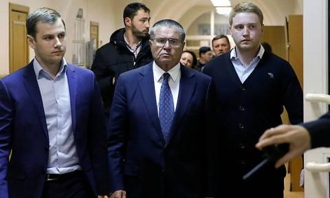 Ρωσία: Ο Πούτιν απέπεμψε τον συλληφθέντα υπουργό Οικονομίας