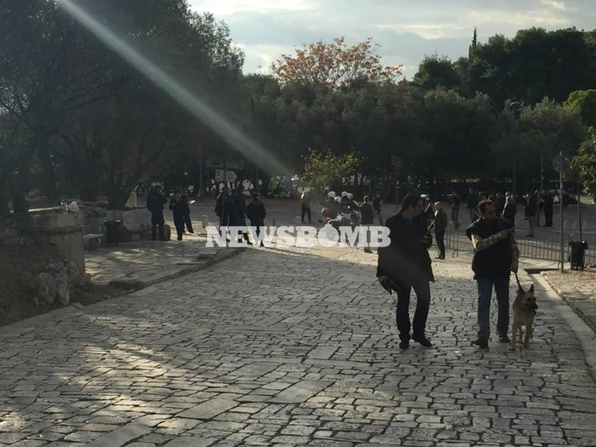 Ομπάμα στην Αθήνα Live: Ο Πρόεδρος των ΗΠΑ επισκέπτεται την Ακρόπολη - Δρακόντεια μέτρα ασφαλείας