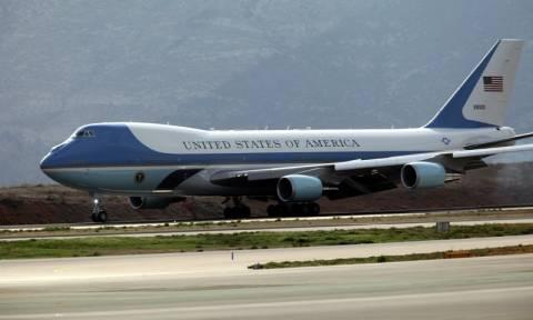 Επίσκεψη Ομπάμα στην Αθήνα - Ηχητικό ντοκουμέντο από την προσγείωση του Air Force 1 στην Αθήνα (vid)