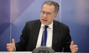 ΝΔ: Η Ελλάδα και οι Έλληνες δεν έχουν τον πρωθυπουργό που τους αξίζει