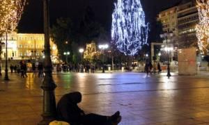 Deloitte: Ακόμη λιγότερα θα ξοδέψουν οι Έλληνες τα Χριστούγεννα
