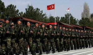 Ζητούνται...30.000 στρατιωτικοί στην Τουρκία
